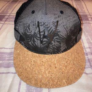 Boys IKKS cap with black mesh